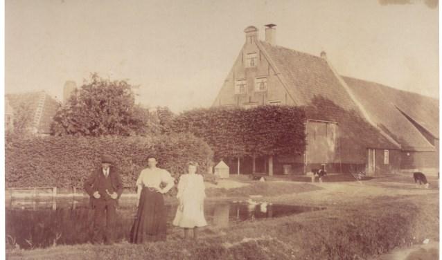 De Biggestee (pachtstee van de Boedel Bigge) in de buurt van Ooltgensplaat. Deze boerderij is in de eerste helft van de twintigste eeuw afgebroken.