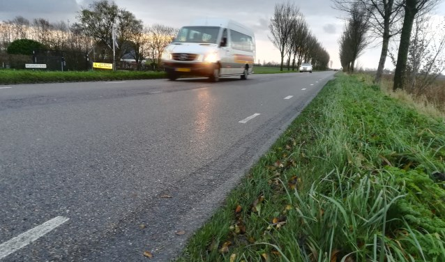 De Oudelandsedijk tussen Middelharnis en Stad aan 't Haringvliet.