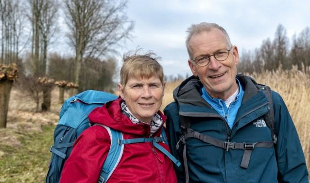 Kees en Corry van 't Zelfde kunnen iedereen een pelgrimstocht aanbevelen. Foto: Jaap Peeman