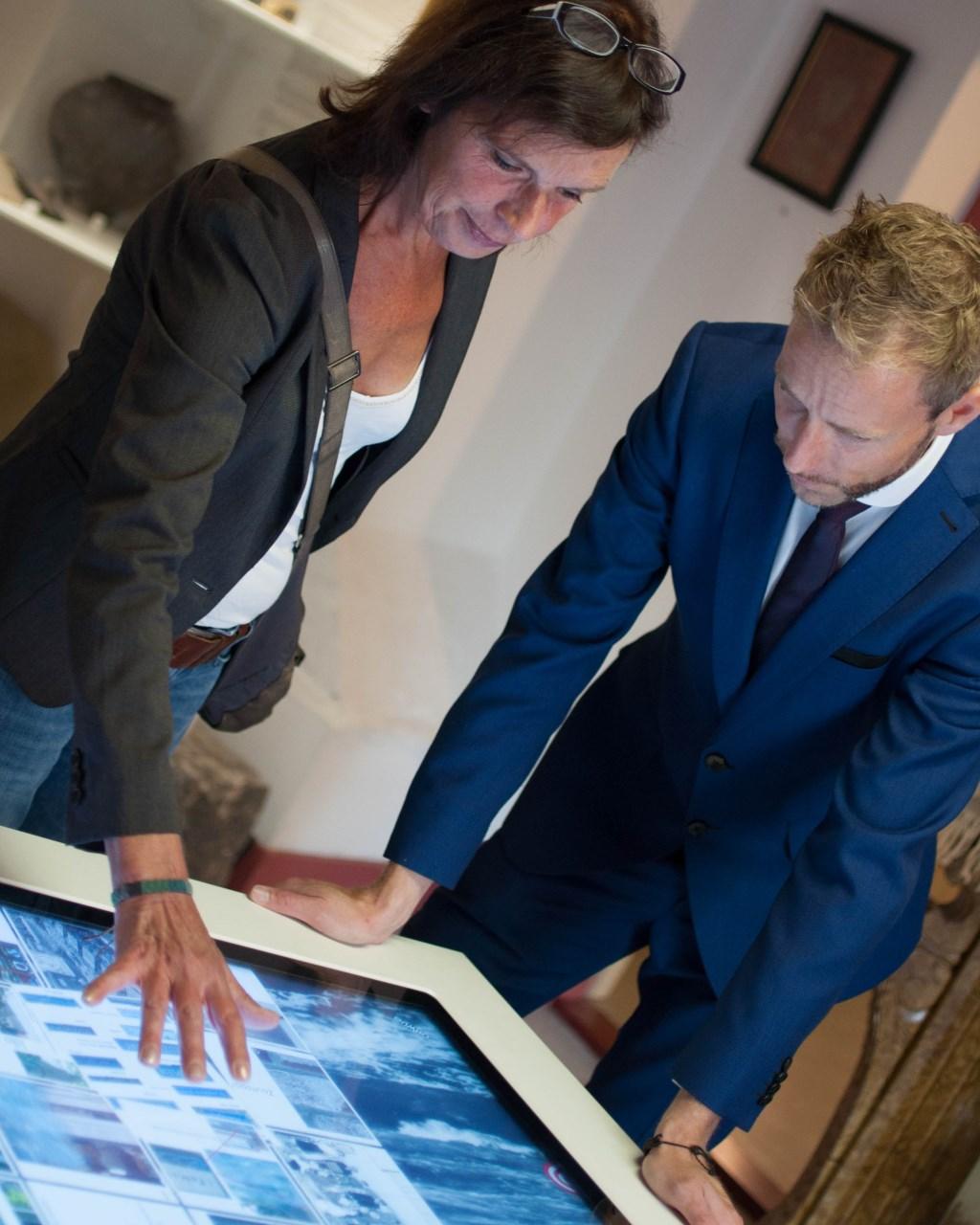 Het Streekmuseum is de laatste jaren volop vernieuwd, onder andere met touchscreentafels.  ©