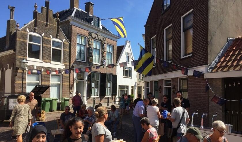 De Holle Bolle Avondmarkt is in het historische centrum van Sommelsdijk. Foto: Andre Groenendijk.