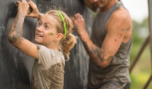 Een Obstacle Run voor de hele familie; doe 16 juni mee in Hoofddorp. (Foto: Alex de Haas) © rodi