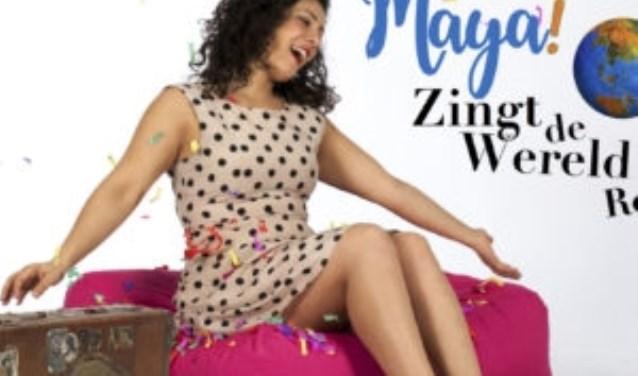 Maya tijdens haar wereldreis.