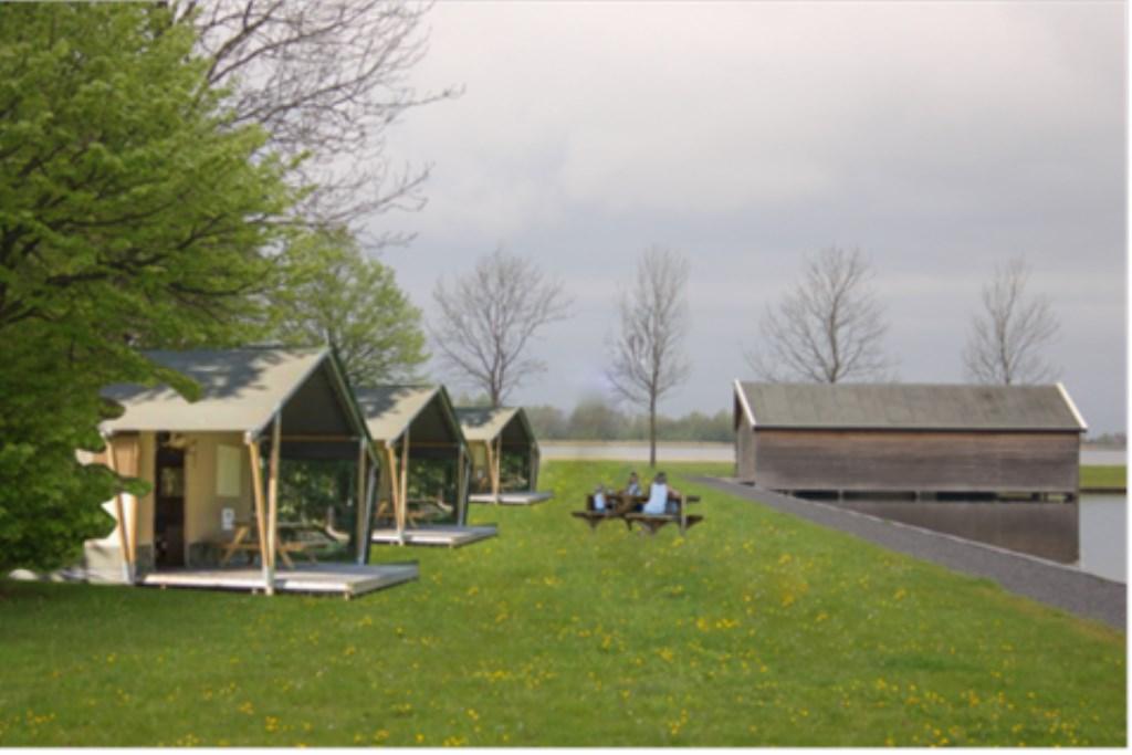 Artist Impression van de drie te plaatsen safaritenten. Impressie: Gemeente Oostzaan © rodi
