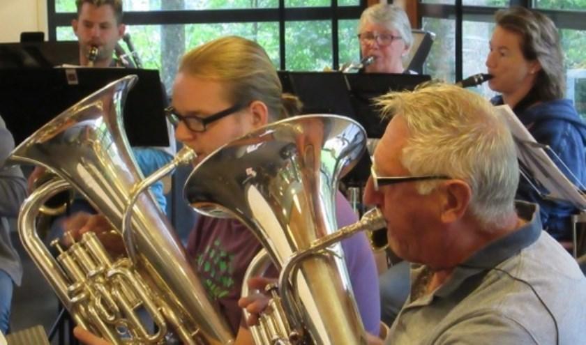 Muziekvereniging Excelsior geeft een themaconcert.