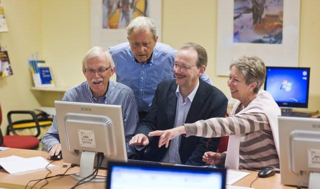 De senioren komen bij SeniorWeb aan hun trekken.