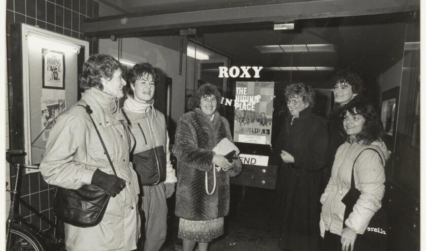 Filmtheater Roxy in de kleine Houtstraat