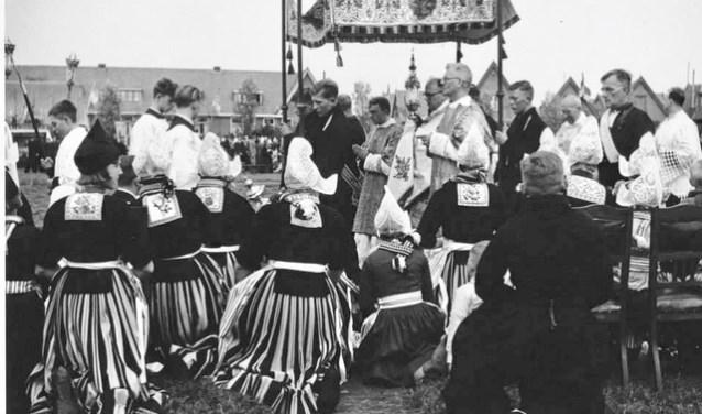 Sacramentsprocessie in Volendam