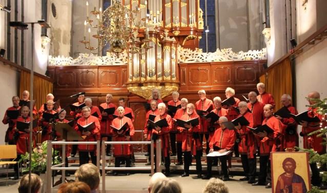 Het Hoorns Byzantijns Mannenkoor brengt oude Slavische kerkmuziek in authentiek stijl.
