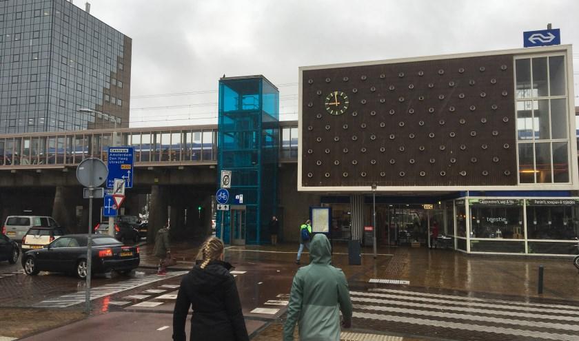 Beperkt verkeer op Station Heemstede.