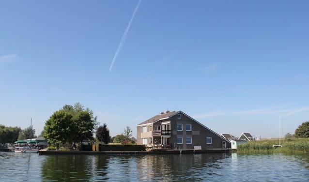 Huis aan het Water.