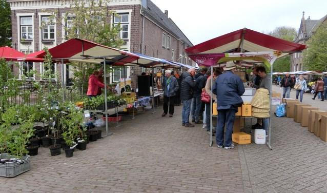 Kramen rondom De Kerckhaen in Westbeemster.