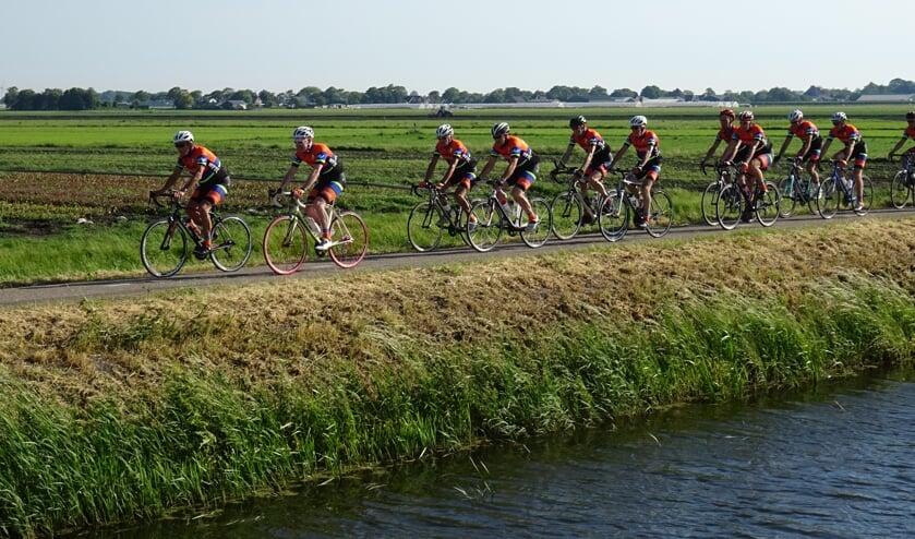De Westfriese Toerclub heeft twee routes uitgezet van 65 en 90 kilometer.