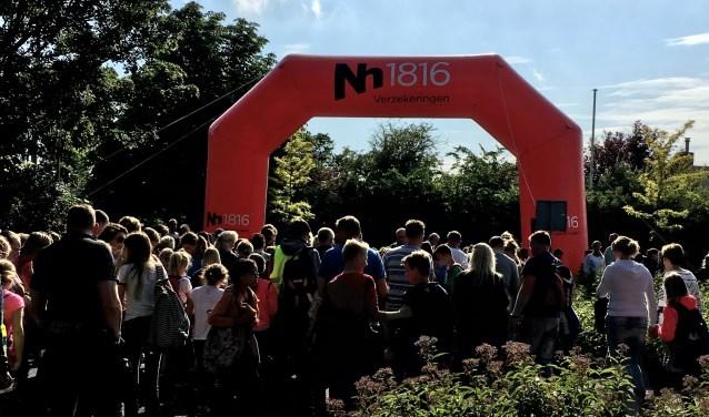 Nh1816 Verzekeringen is ook dit jaar weer hoofdsponsor van de Wandelvierdaagse en de Sportweek in Langedijk.