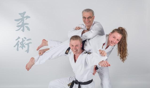 Robert Takken van Shi-Sen-Do en managing director European Cup Ju-Jitsu leunt op Eady Roelandschap (tweede van de wereld)  en Floyd Knijn (meervoudig Nederlands kampioen). Eady en Floyd zijn een nieuw duo die in actie komen bij de European Cup.