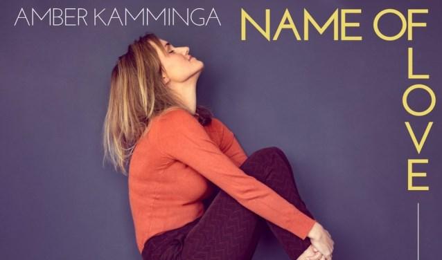 Het nieuwe album van de Waardse singer-songwriter Amber Kamminga.