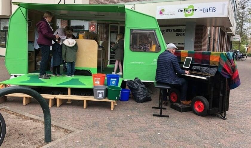 Het Afval-Lab doet Westerkoog aan.
