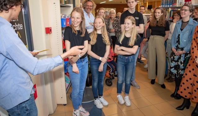 In aanwezigheid van Noa, Robin, Veerle, Doris, Merel, Arnar en Terry werd het pop-up museum geopend.