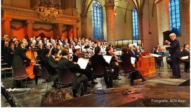 Alkmaarse Oratorium Vereniging geeft concert in Grote Kerk.