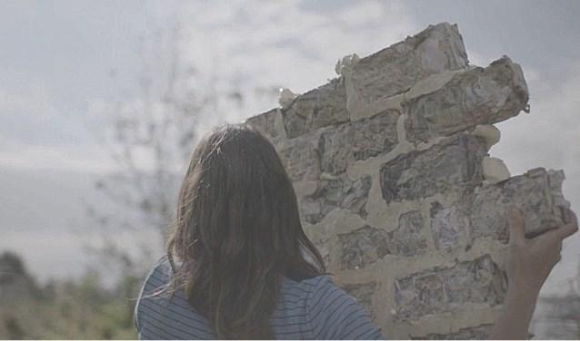 Marisca Voskamp-Van Noord, Today I'll stay Home (2019), film still.