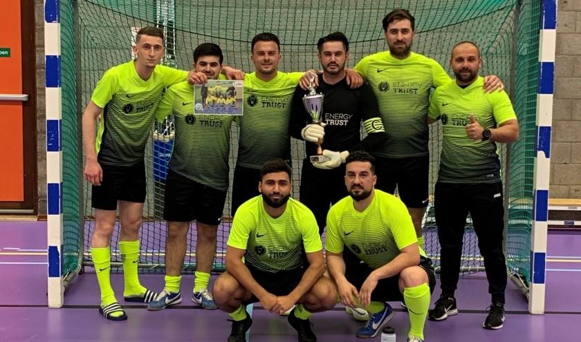 Team Energy Trust is kampioen in de Deza Kozijnen-cup.