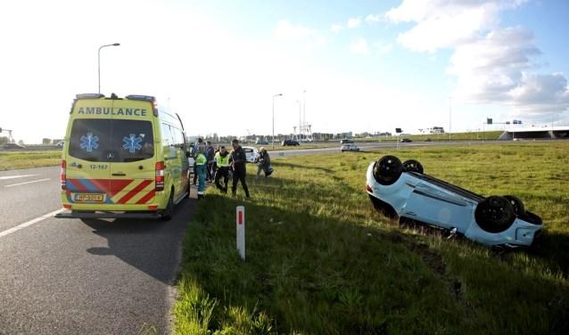 Een automobilist wilde de oprit naar de A4 nemen, maar raakte de macht over het stuur kwijt.