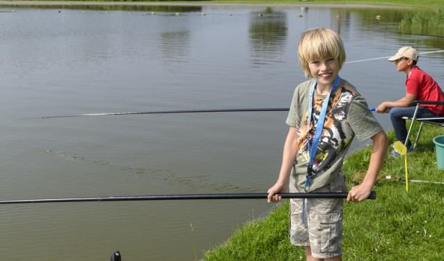 Jeugdclinic wedstrijdvissen in Enkhuizen.