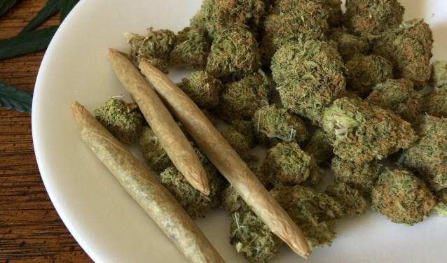 Cannabis is een softdrug dat verkocht wordt bij coffeeshops.