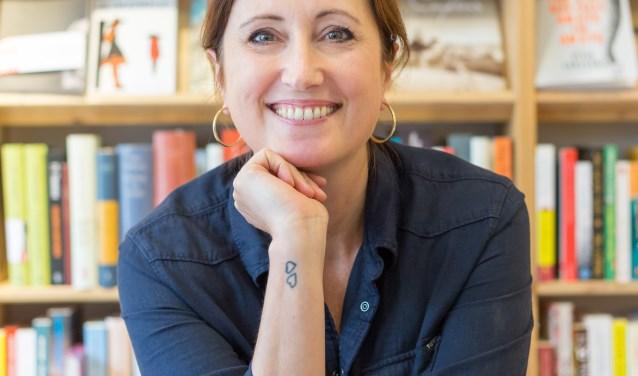 Stefanie Schulte en haar partner Henk nemen per 1 juli aanstaande Het Leesteken over van Wouter van Waardt
