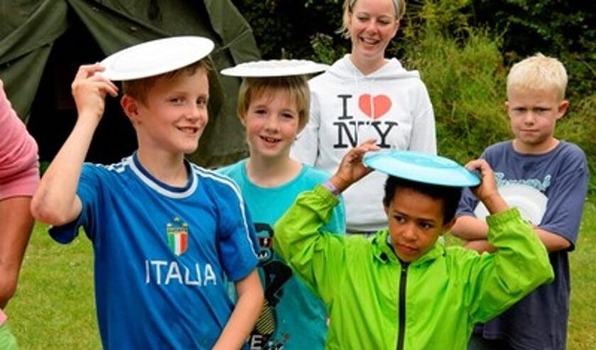 Kinderen bouwen tijdens de vakantieweken nieuwe vriendschappen op.