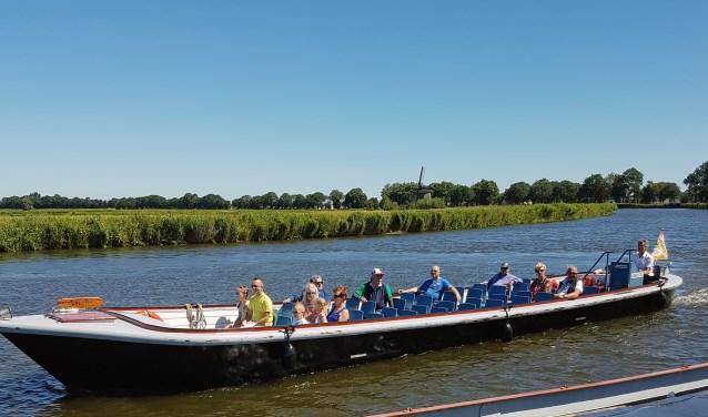 De Broekervaart vaart gratis heen en weer tussen Heerhugowaard en Broek op Langedijk.