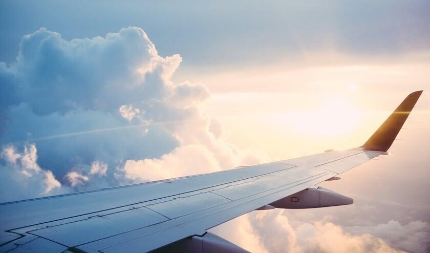 Vliegensvlug stemmen voordat je op het vliegtuig stapt, kan donderdag op Schiphol Plaza.