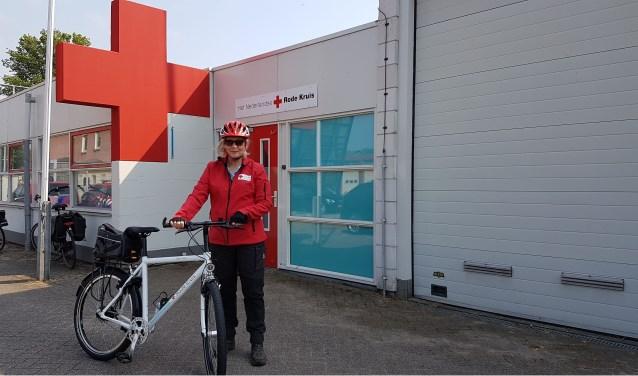 Ook deze bike is nieuw voor het Rode Kruis.