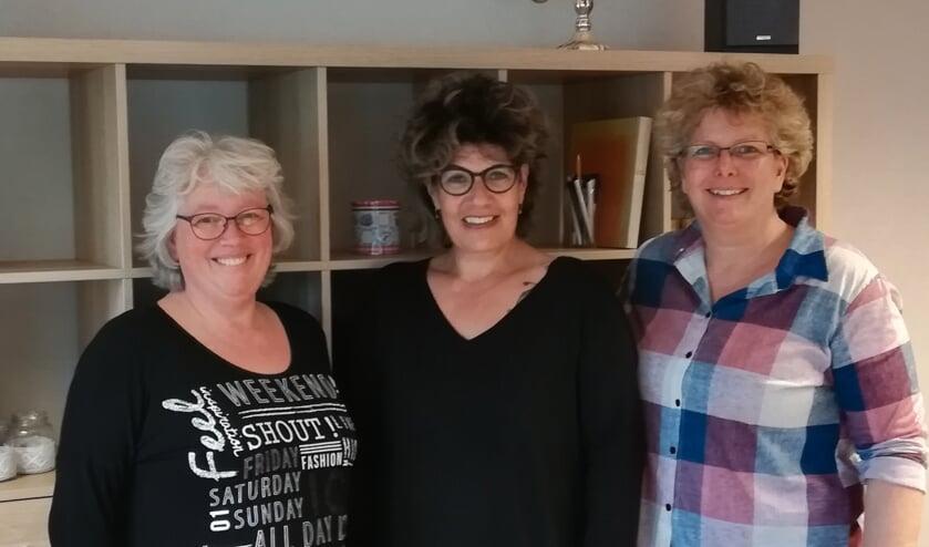 Nancy Wagenveld, Yvon Somsen en Tanja Harlaar (beheerder WSP de Lindehof)