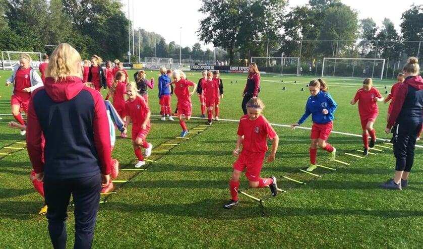 Voetbalplezier vormt het belangrijkste uitgangspunt van de Soccer Camps.