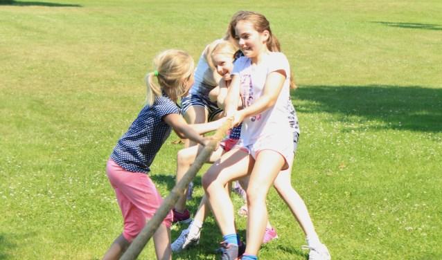 Er zijn voor kinderen diverse buitensportactiviteiten.