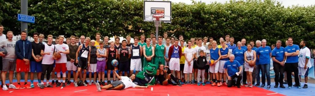 Een aantal van de eerder deelnemende teams.  © rodi