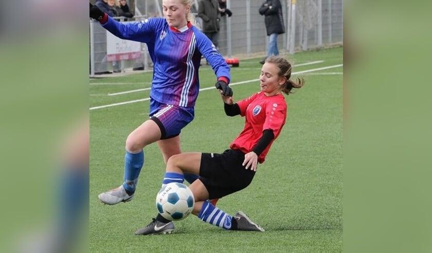 De ADO'20 meisjes onder 17 blijven op niveau spelen.
