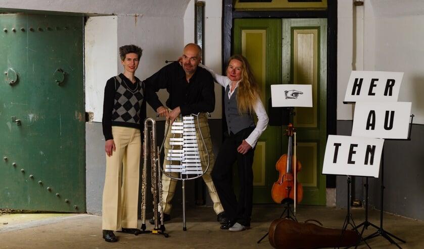 Duo Leeghwater en Henk Zwart spelen 16 juni de voorstelling'Herauten van de Stelling'