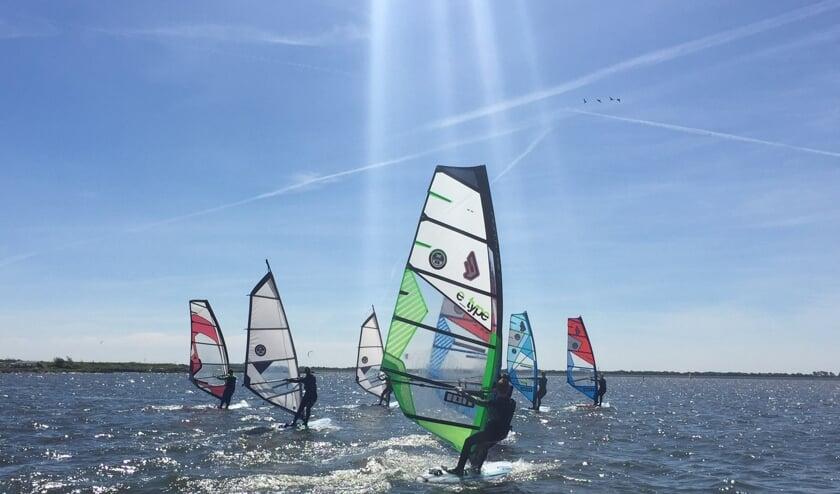 Leer windsurfen tijdens de Windsurfweken!