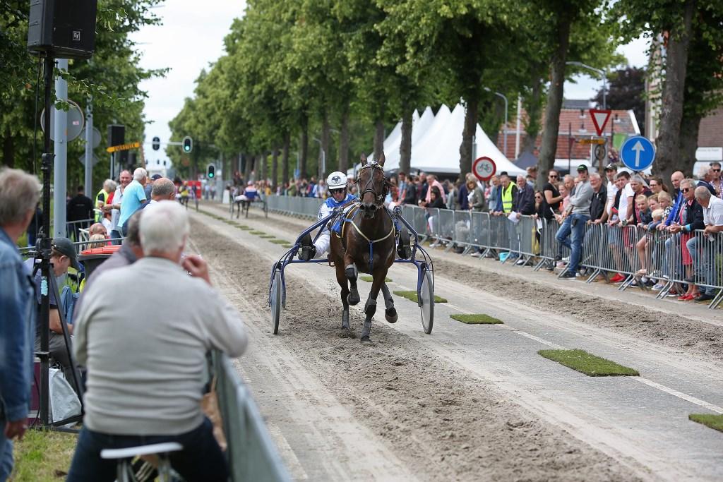 Kortebaandraverij op de Kruisweg.  (Foto: Rowin van Diest) © rodi