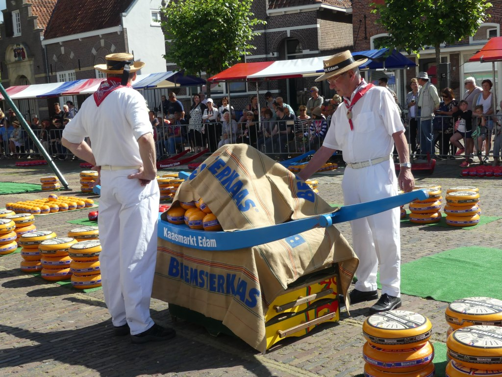 De handel in kaas is weer begonnen. (Foto: Cees Bandt) © rodi
