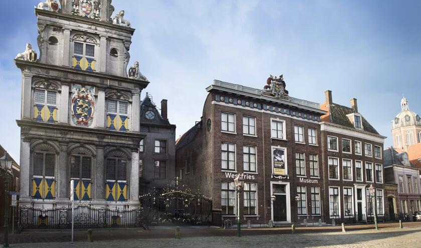 Het Westfries Museum verandert in een grote projectiewand waarop een spectaculaire beeld- en geluidsshow wordt gepresenteerd.