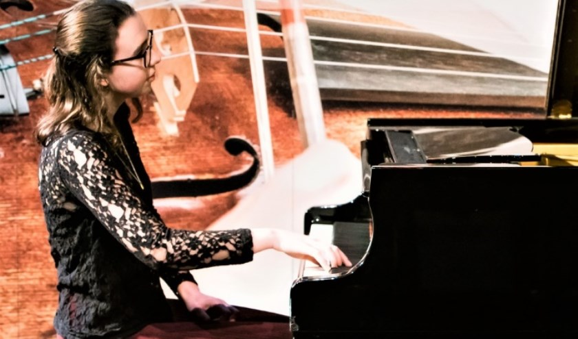 Pianiste Zara le Clercq.