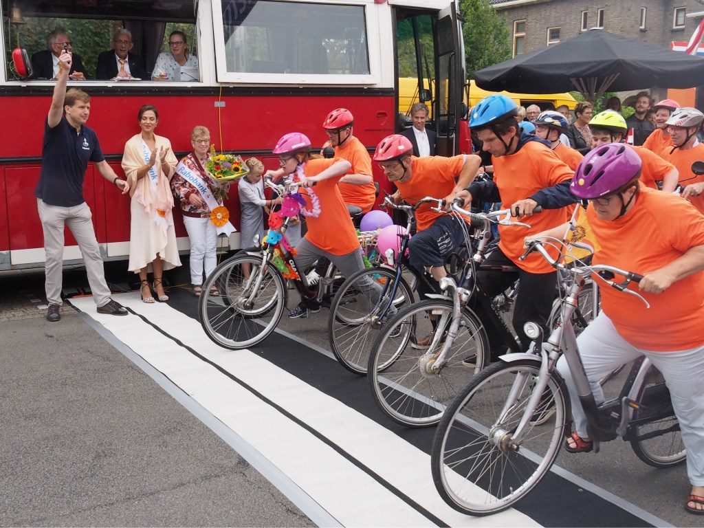 Klaar voor de start...? Voor sportievelingen met een verstandelijke beperking heeft Tour de Waard een eigen race. (Foto: Stichting Tour de Waard) © rodi