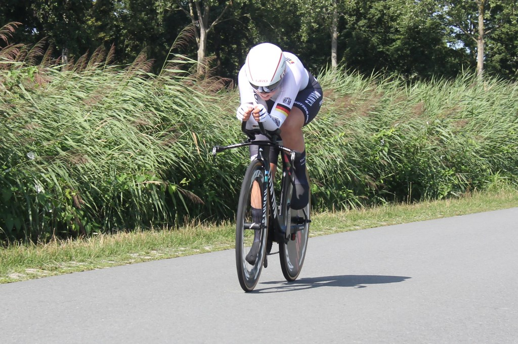 De Duitse Lisa Klein won het zilver op de tijdrit bij de vrouwen. (Foto: Frits van Eck) © rodi