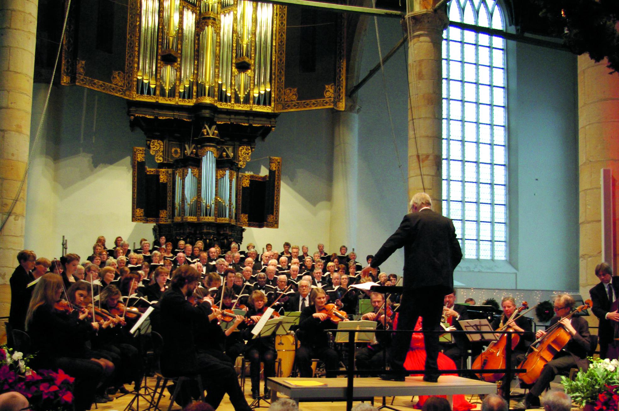 Onder het motto 'Zingend de lente in' voert oratoriumkoor Stem en Snaren twee werken van de Tsjechische componist Antonín Dvořák uit. (Foto: aangeleverd)