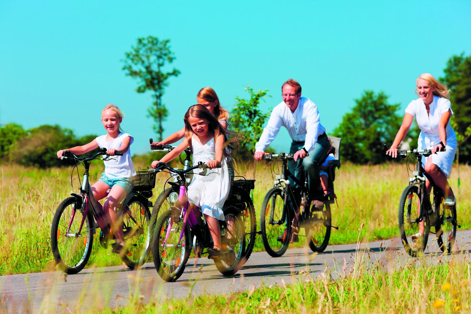 Stap op de fiets en ontdek West-Friesland op zijn mooist. (Foto: archief Rodi Media)