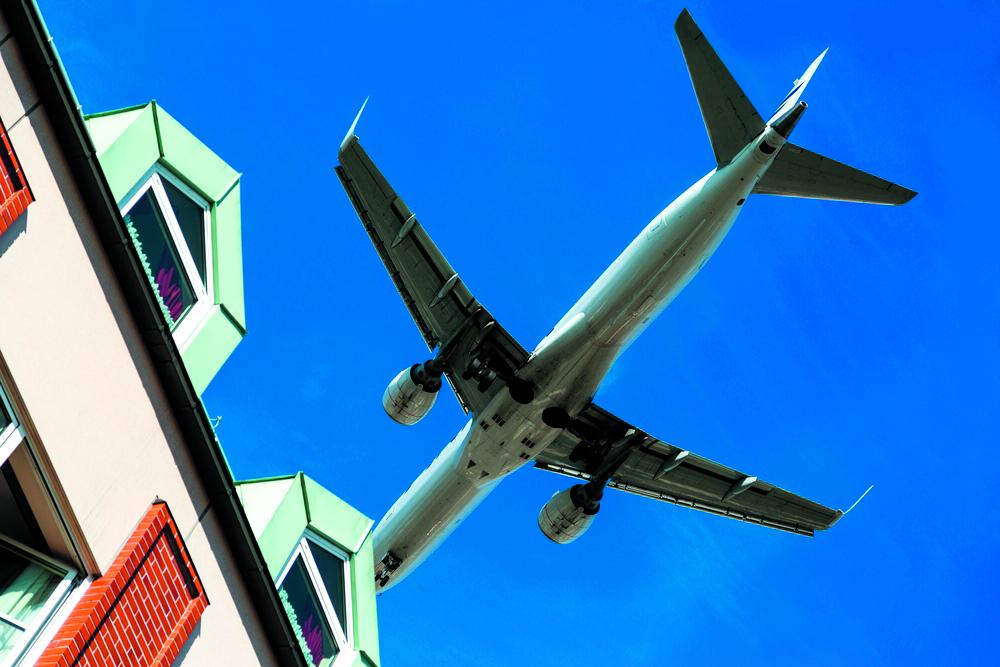 Het aantal meldingen over vliegverkeer vanuit gemeenten in Noord-Kennemerland is wederom gestegen. (foto aangeleverd)