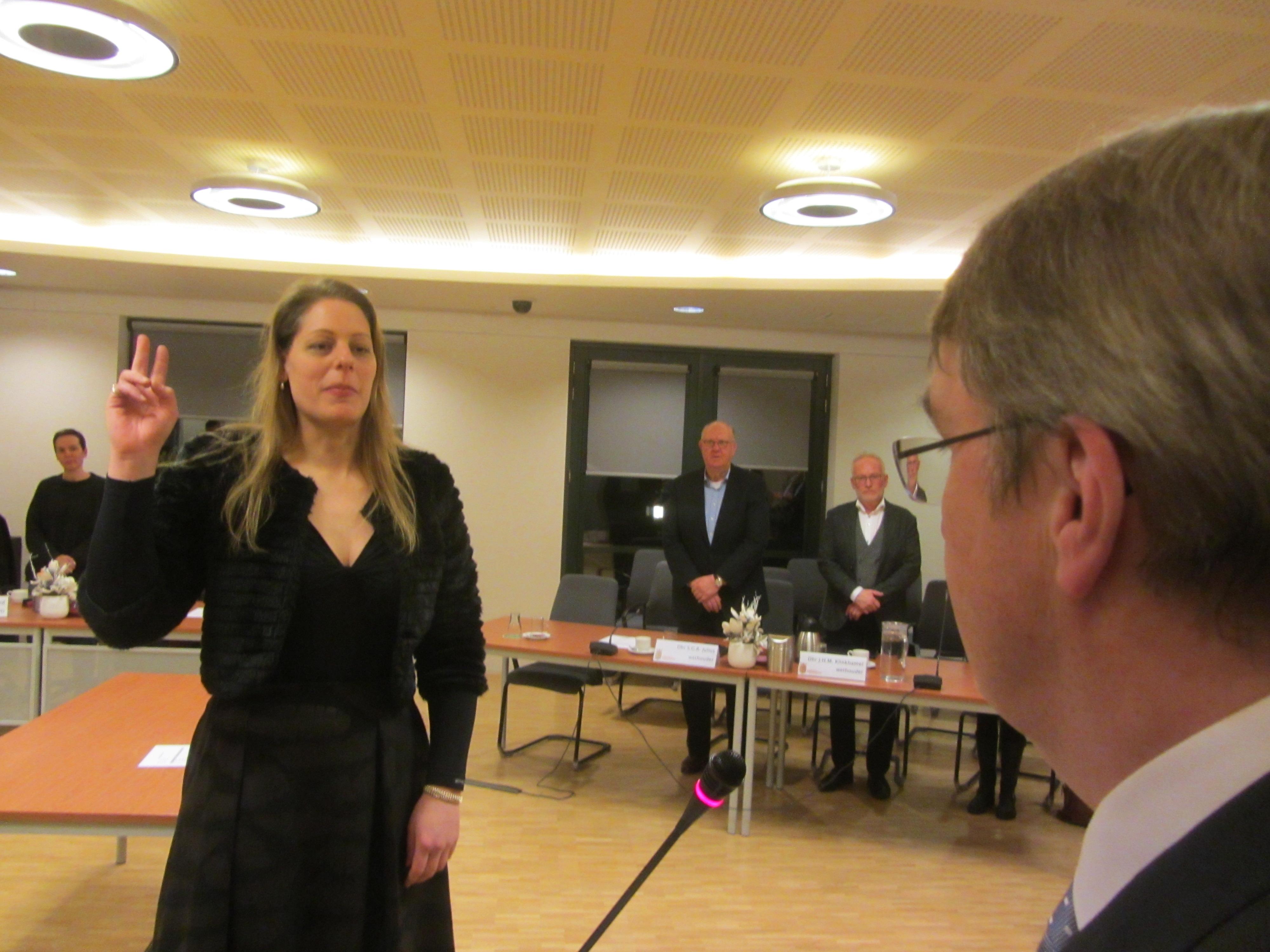 Raadslid Dral en wethouder Dral. (Foto's: JWvD)
